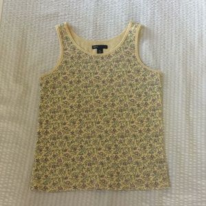 Baby-yellow Gap tank